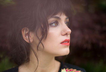 Katie Melua is inducted into Michael Balls Singers Hall of Fame